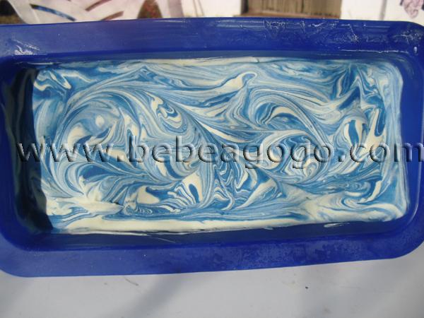 Jabón casero elaborado con leche materna
